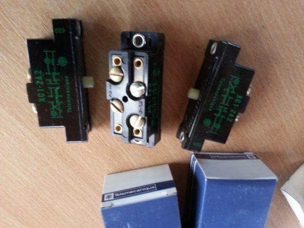 Mikrowyłącznik XC1-ZA2